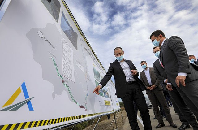 В Украине отремонтировали половину запланированных дорог