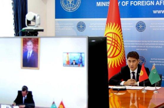Главы МИД Туркменистана и Кыргызстана обсудили предстоящую встречу лидеров стран Центральной Азии