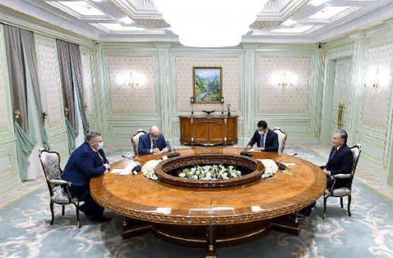 Президент Мирзиёев обсудил развитие отношений Узбекистана и России
