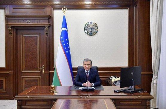 Мирзиёев отметил важность внедрения международных нормативов на предприятия Узбекистана