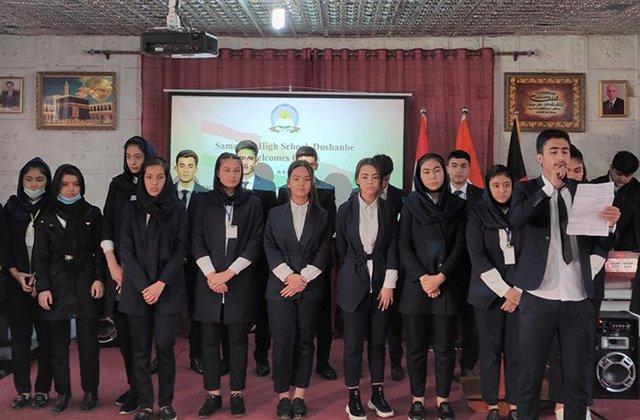 В Таджикистане для детей беженцев ИРА открыли компьютерную лабораторию