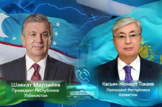 Лидеры Узбекистана и Казахстана выразили надежду на скорую стабилизацию ситуации в Бишкеке