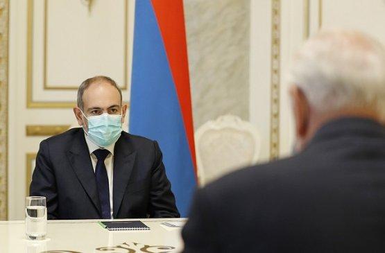 Пашинян и Мясникович обсудили предстоящее заседание межправсовета ЕАЭС и Карабах