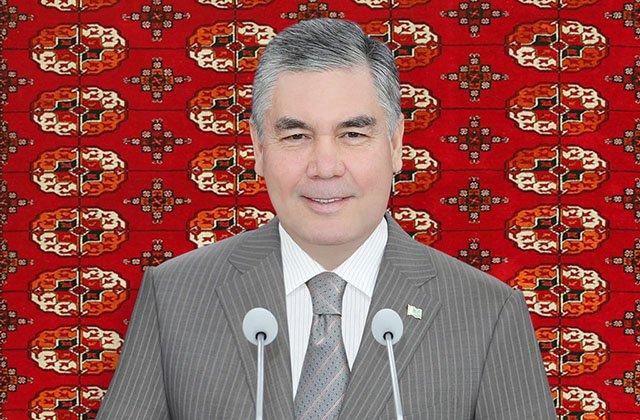 Президент Туркменистана поздравил граждан с 27-летием маната