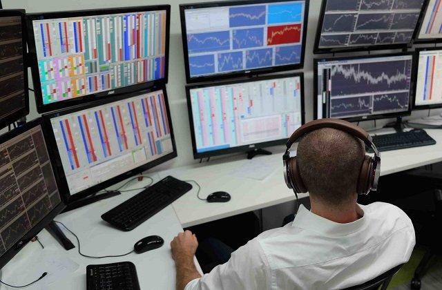 На торгах туркменской биржи реализовано товаров на сумму более 9 млн долларов