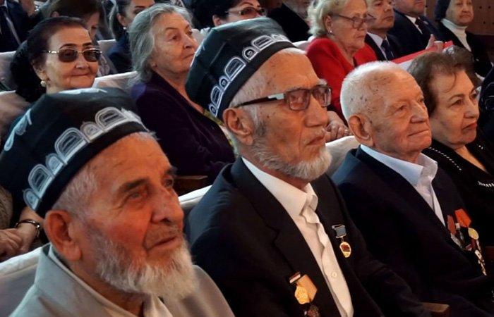 Власти Таджикистана направили свыше $177 млн на выплату пенсий и пособий