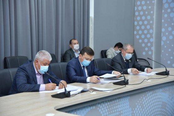 В Узбекистане обсудили проблемы профессиональной подготовки и трудоустройства молодёжи