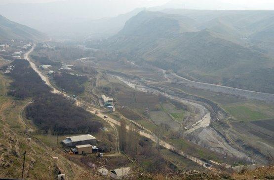 Глава правительства Киргизии решил вопрос с водоснабжением в Баткенской области