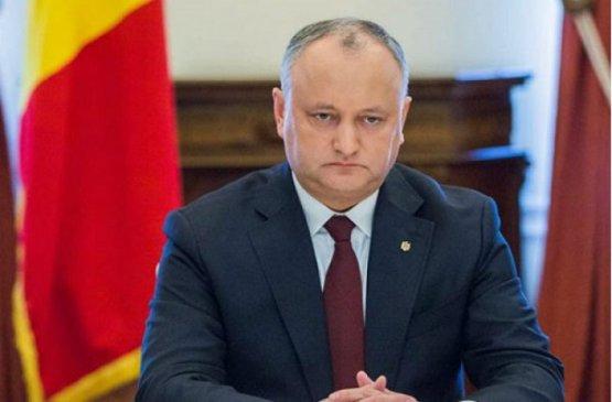 Додон согласился вернуться на пост лидера социальной партии Молдовы