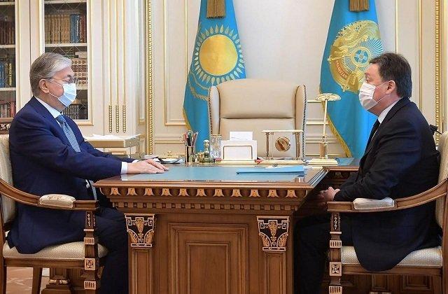Президент Казахстана принял с докладом премьер-министра республики