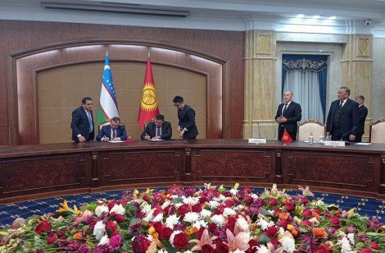 Члены делегации Киргизии и Узбекистана обсудили делимитацию госграницы