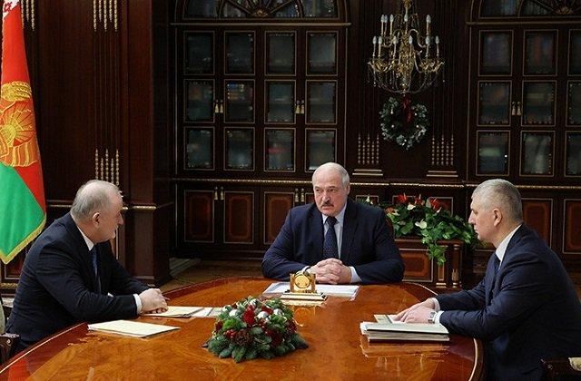 Президент Беларуси обсудил с председателем нацбанка основные моменты работы