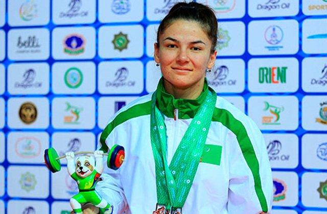 Туркменская спортсменка стала чемпионкой мира по тяжёлой атлетике 2018 года