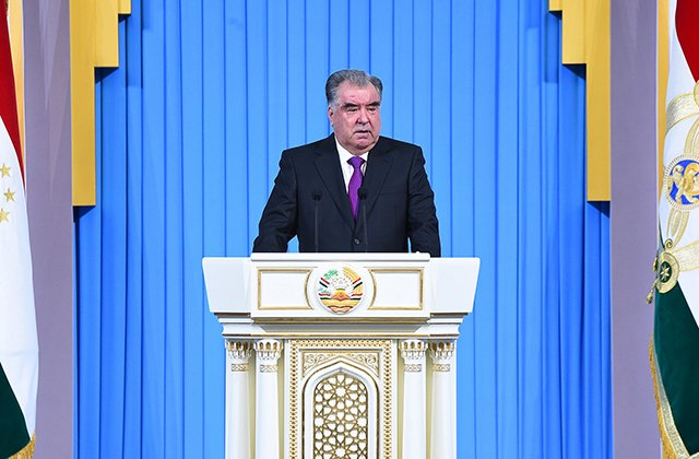 Президент Таджикистана заявил об улучшении жизни граждан при пандемии