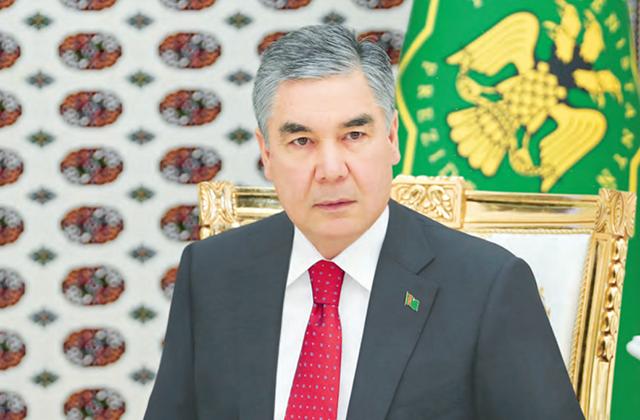 Бердымухамедов объявил выговор министру финансов и экономики