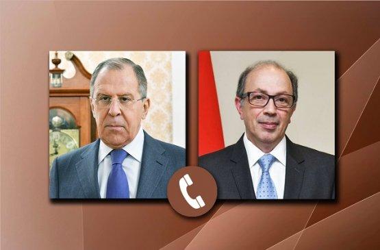 Главы МИД Армении и России обсудили реализации заявления по Карабаху