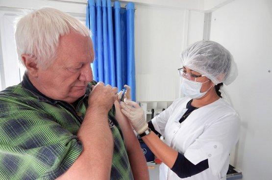 Узбекистан планирует бесплатно вакцинировать 4 миллиона человека
