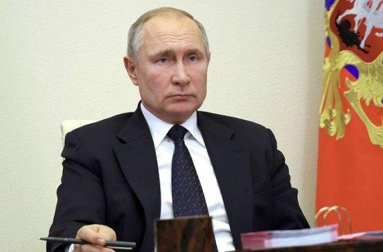Путин подписал закон об отключении сотовой связи в колониях и СИЗО