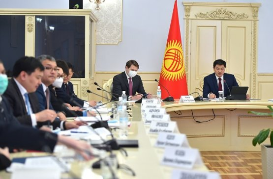 В правительстве рассказали о принятых мерах для улучшения жизни простых людей в Кыргызстане