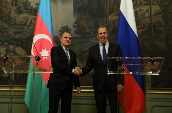 Глава МИД России планирует провести встречи с коллегами из Азербайджана и Армении