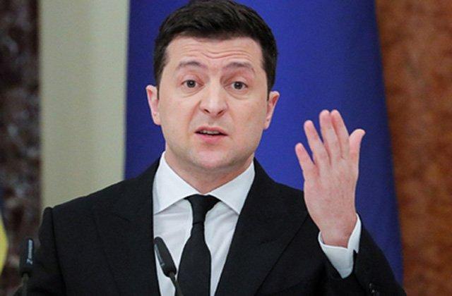 Владимир Зеленский обвинил Россию в «игре мускулами» в Донбассе