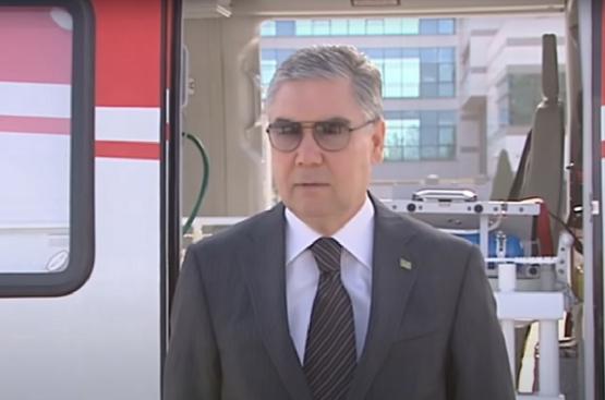 Бердымухамедов лично принял вертолёт «скорой помощи» АНСАТ