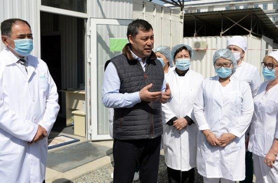 В Кыргызстане окажут поддержку учителям и врачам в покупке собственного жилья
