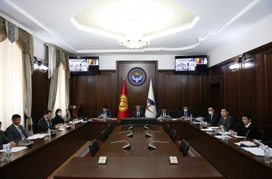 Совет ЕЭК решил временно разрешить беспошлинно ввозить сахар на территорию Киргизии