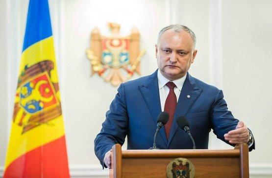 Экс-президент Молдовы предложил парламенту и Санду согласовать дату досрочных выборов