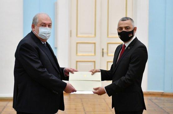 Президент Армении получил приглашение посетить Болгарию с официальным визитом