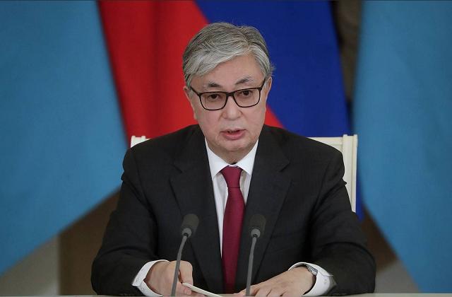 Глава Казахстана выразил соболезнования народу и президенту Афганистана