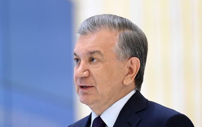 Мирзиеев потребовал снизить стоимость оказания госуслуг