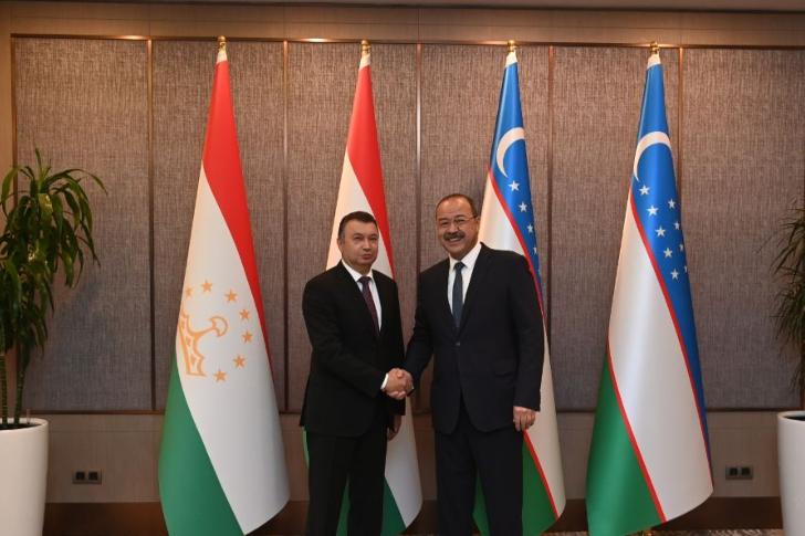 Узбекистан и Таджикистан намерены довести объем торговли до 1 миллиарда долларов