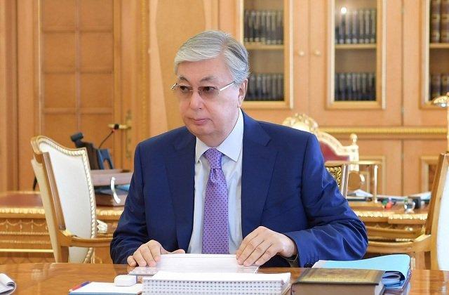 Президент Казахстана ознакомился с текущим эпидемположением страны и темпами вакцинации