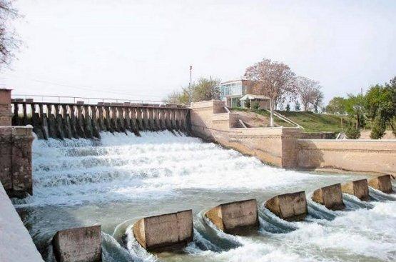 Руководство Туркменистана поддержало проект по укреплению плотины на Амударье
