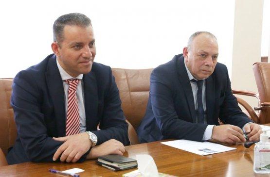 Армения и Казахстан планируют возобновить прямое авиасообщение