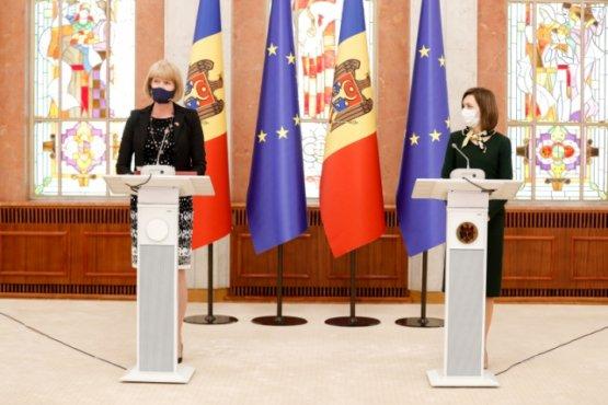 Санду обсудила возврат денег Филата с министром по делам еврососедства Великобритании