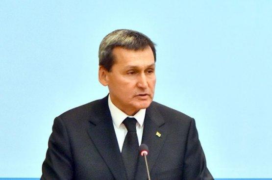 Глава МИД Туркменистана обсудил с министром энергетики Киргизии развитие торговых отношений