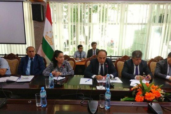 В Душанбе планируют построить многоуровневые путепроводы и установить видеонаблюдение на дорогах