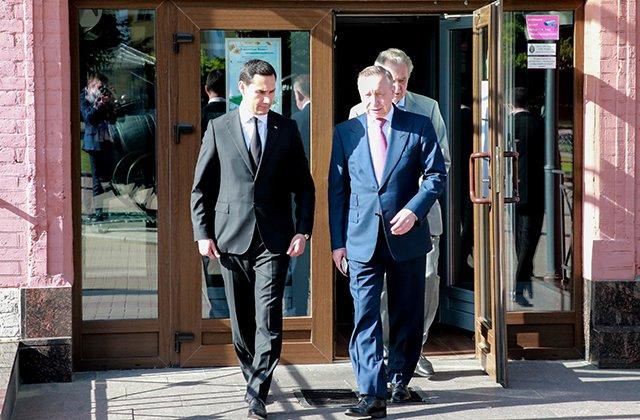 Ашхабад и Санкт-Петербург расширят сотрудничество в сфере промышленности