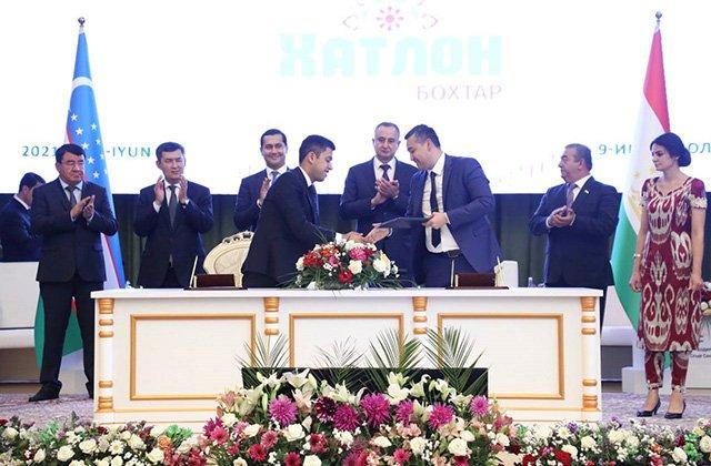 Душанбе и Ташкент подписали соглашения на $730 млн