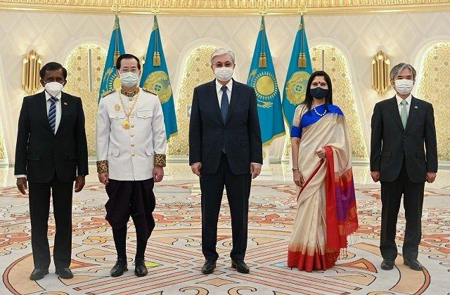 В Казахстане аккредитованы главы дипмиссий четырёх государств
