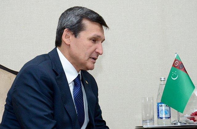 Ашхабад и Киев договорились создать деловой совет