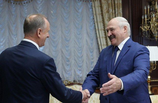 Лукашенко с секретарём Совбеза РФ обсудил вопросы военно-технического сотрудничества