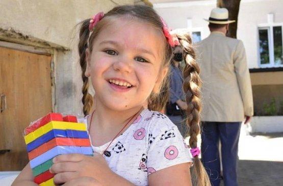 Тысячи нуждающихся детей Молдовы получают помощь от властей