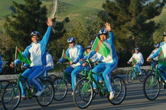 В праздник Всемирного дня велосипеда публицист подробно рассказал об истории его создания
