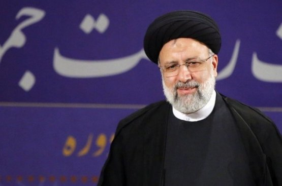 Бердымухамедов поздравил Раиси с избранием на пост президента Ирана