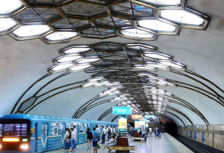 Узбекистан закупит у России поезда для метрополитена Ташкента на 63,7 миллиона евро