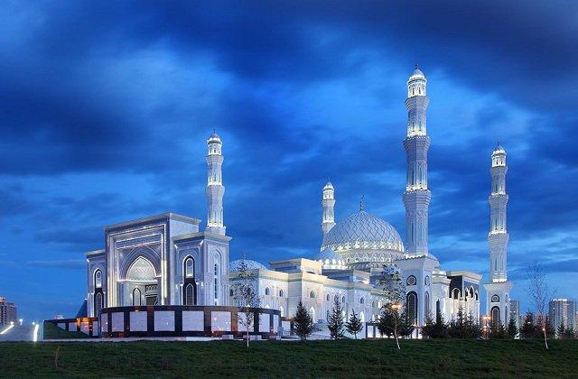 В дни Курбан байрамы мечети Казахстана не будут принимать посетителей