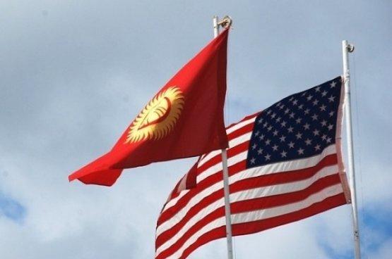 Президент Жапаров поздравил американского коллегу с главным праздником США